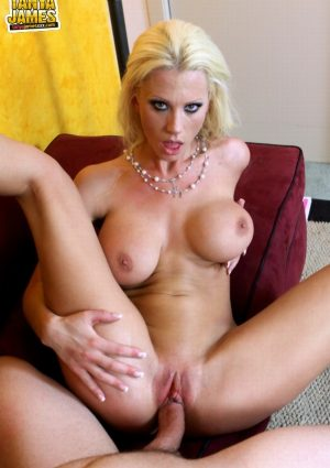 Tanya James Wears Jizz and Pearls